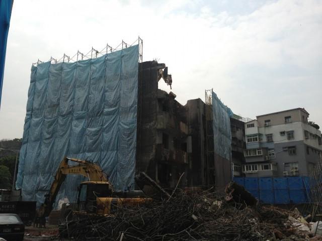 士林忠義街7層樓建物拆除