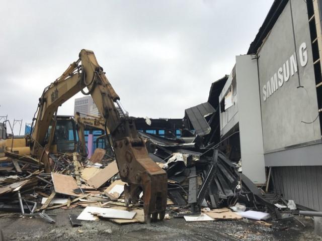 信義區A7三星展館拆除