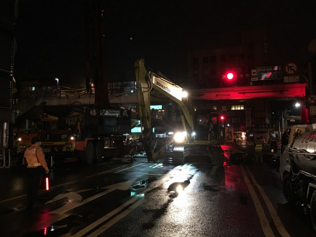 羅斯福路興隆路口天橋拆除