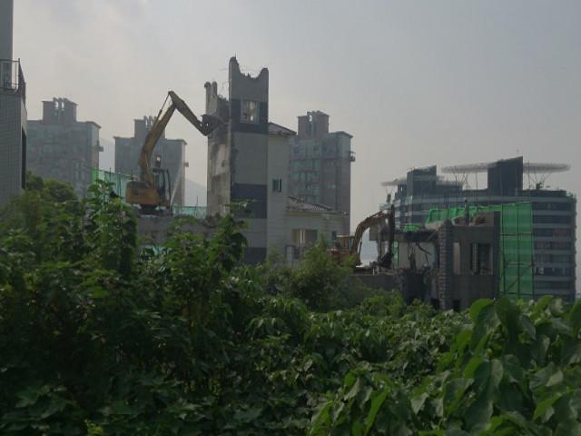 淡水八勢路七層建物拆除