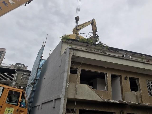 士東路三層危老建物拆除