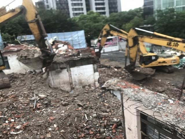 敦化南路一段五層樓都更案拆除