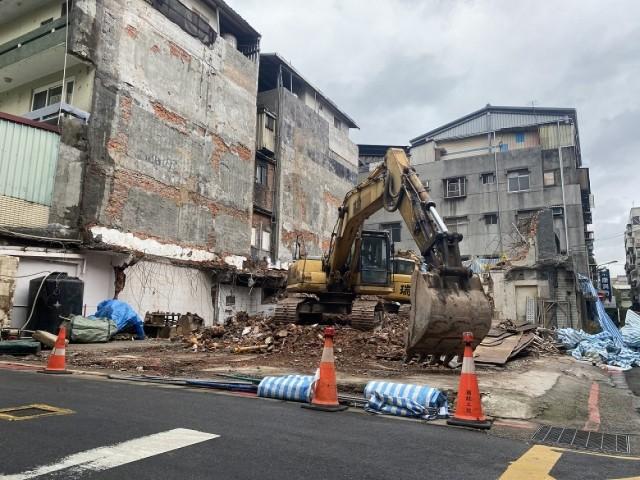 松江路五層樓都更案拆除
